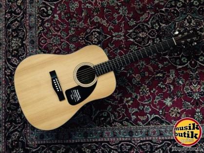 Fender CD-60 NAT - DS - v2.jpg