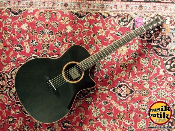 Veelah V5-GACE Black
